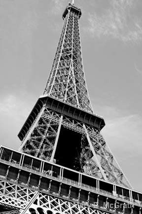 Eiffel Tower in Black and White - ID: 10422660 © Mary B McGrath